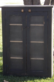 Jelly Cabinet. Picture. Distressed Black